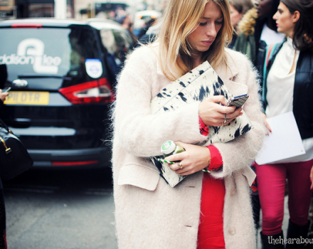 LFW S/S 2014 – Streetstyle details outside the Mulberry show
