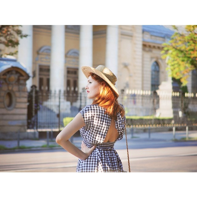 Summer in the city, now on the blog (link on profile) #thehearabouts #retro #redhead #reverie #vintage #sunday #summer #retrodress @hm hat & @zara_worldwide dress