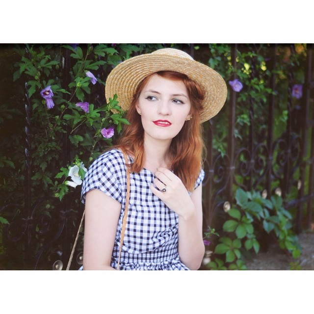 Snap from yesterday's post on the blog (link on profile) #thehearabouts #portrait #retro #redhead #vintage