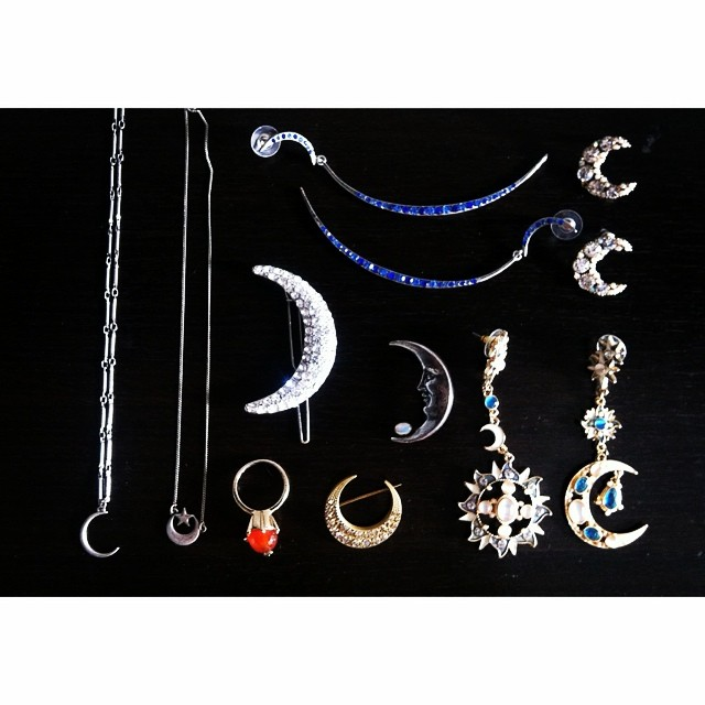 My ? collection is growing ? #accessories #moon #moonie #crescentmoon #jewels #details #collection #tagstagram #fashionable #sailormoon