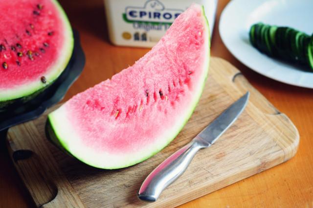 Watermelon_cucumber_feta_salad (4)