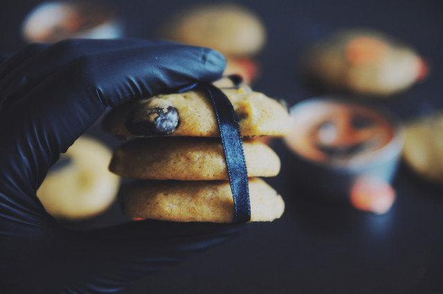 Halloween_soft_pumpkin_cookies (6)