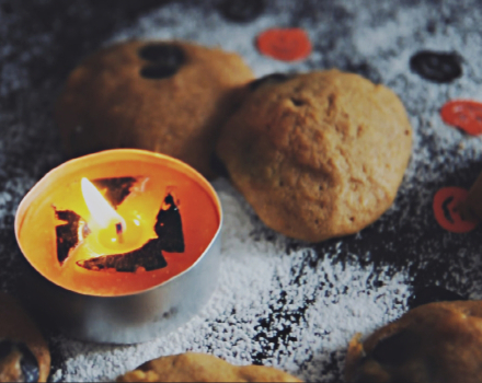 Soft pumpkin cookies for Halloween